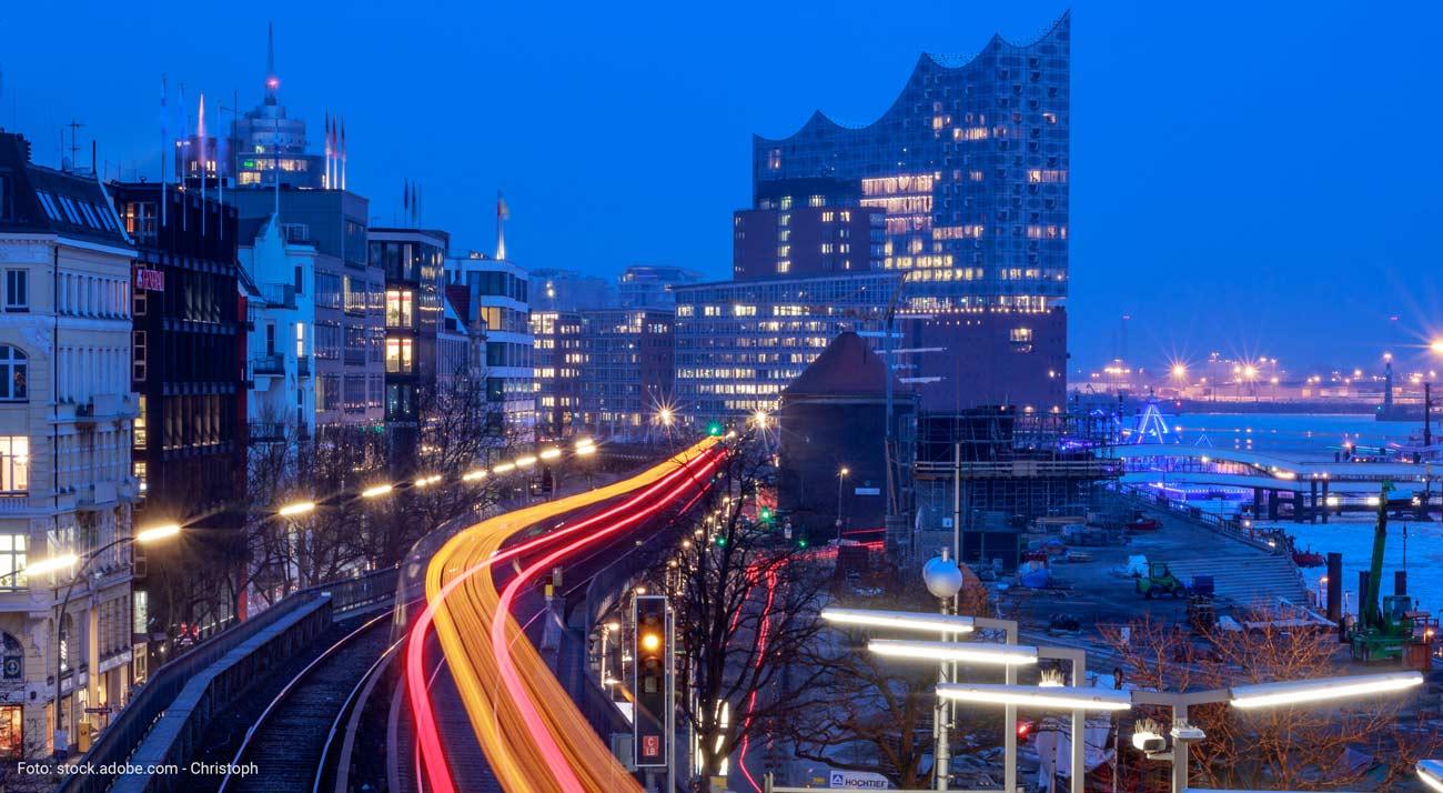 Nahverkehr Hamburg Landungsbrücken